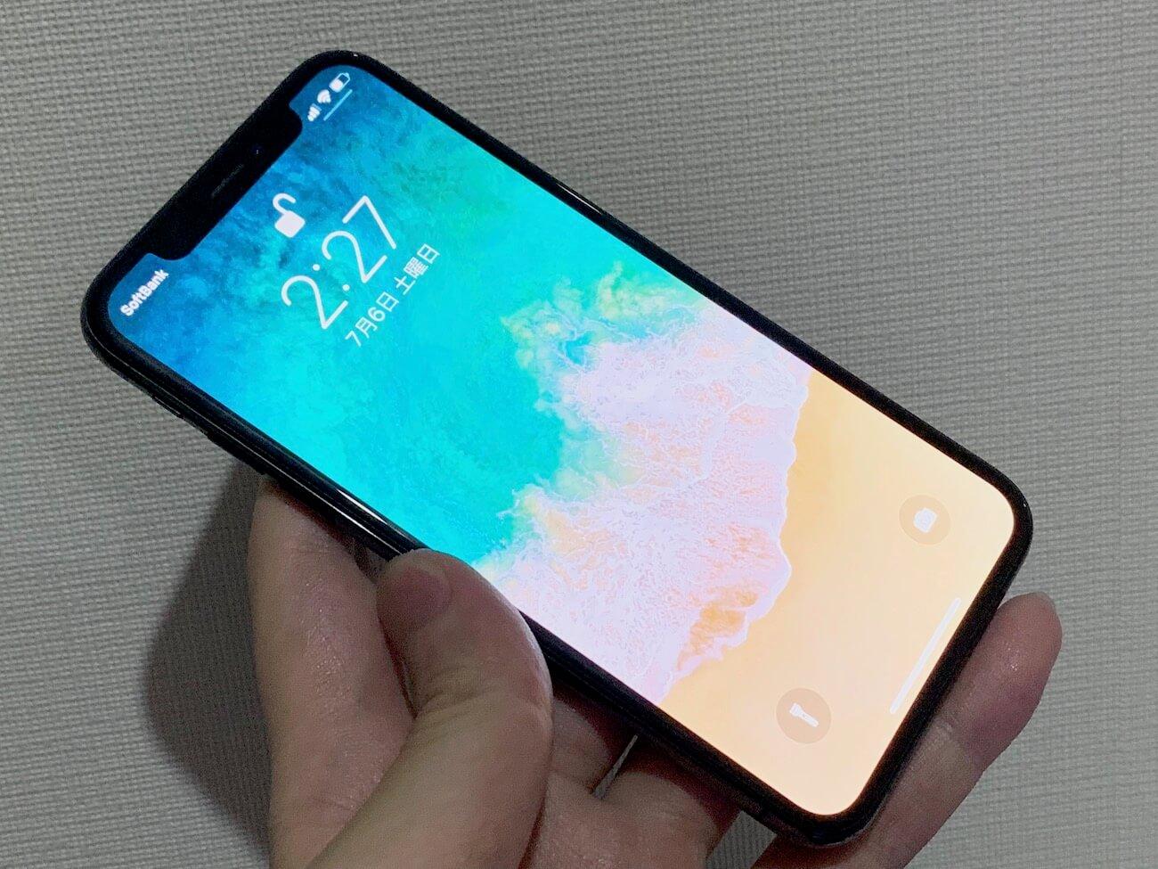 iPhone XS デザイン