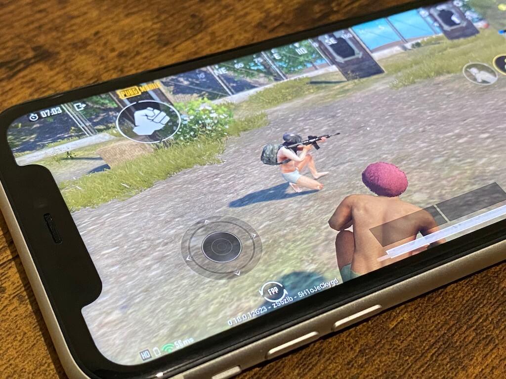 iPhone SE(第2世代) 11 ゲームのしやすさ 比較